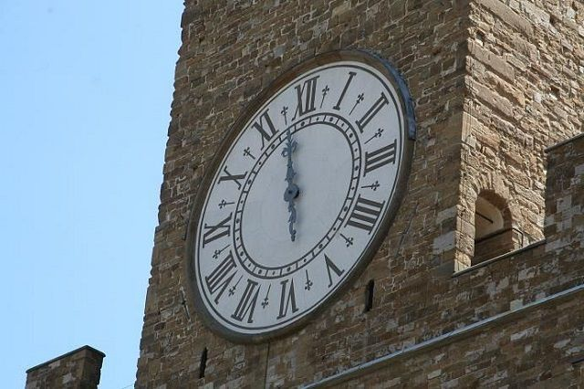 clock_of_arnolfo_tower1